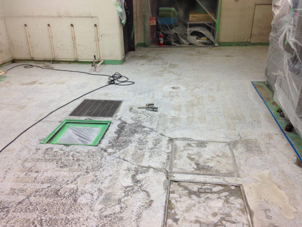 千葉県 リゾートホテル|厨房塗り床改修工事(洗浄機下)夜間工事 ケミクリートMSモルタル防滑工法