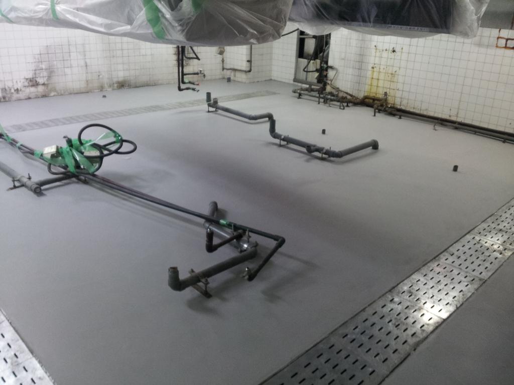 東京都新宿区焼肉店床塗装(塗床)改修工事 厨房床塗装(塗床)改修 低臭タイプ