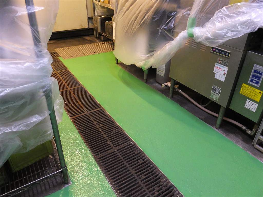 千葉県船橋市内某複合施設内飲食店塗床改修工事|飲食厨房塗床改修(夜間):ケミクリートMSLモルタル防滑工法