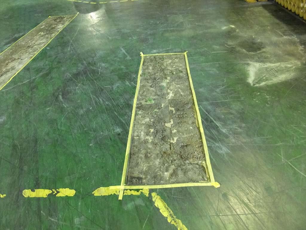 埼玉県内某工場床補修工事 クラック補修及び塗床補修:エポキシ樹脂注入、ケミクリートE