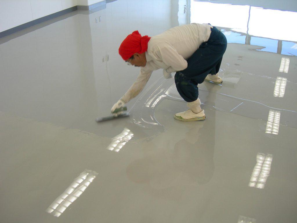 神奈川県横浜市緑区の研究施設|クリンルーム塗り床不具合補修:ケミクリート