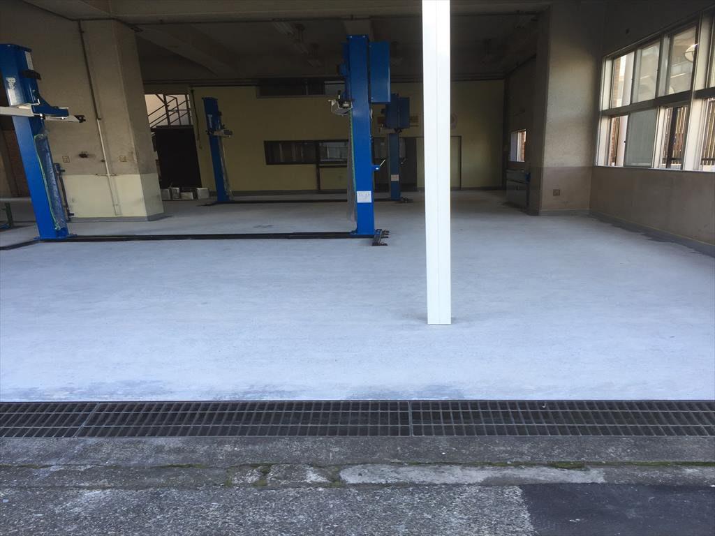 東京都練馬区の自動車整備工場|塗り床(床塗装)改修工事:ケミクリートE