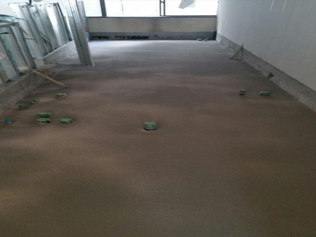 東京都千代田区のテストキッチン|床塗装(塗り床)(塗床)工事:ケミクリートクイック工法:工期短縮