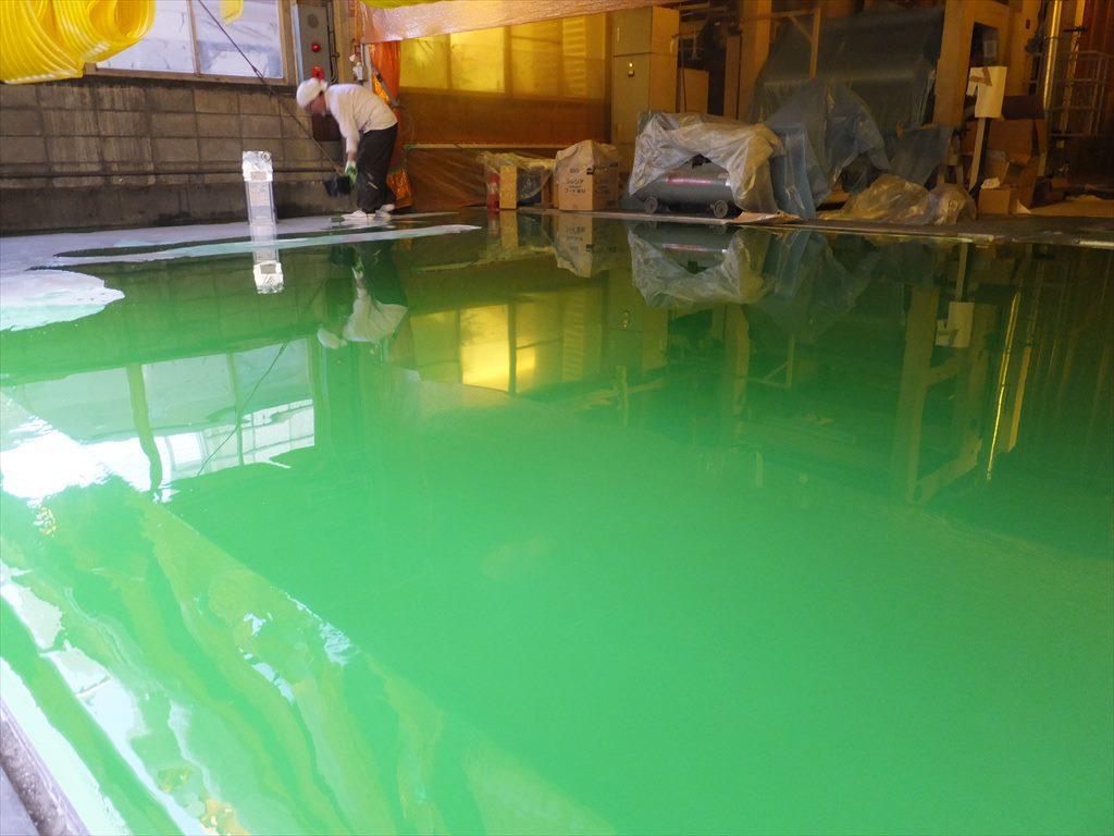 神奈川県の紙流通倉庫|不陸調整の為の床塗装(塗床)改修工事:エポキシ樹脂レベラー+ケミクリートE