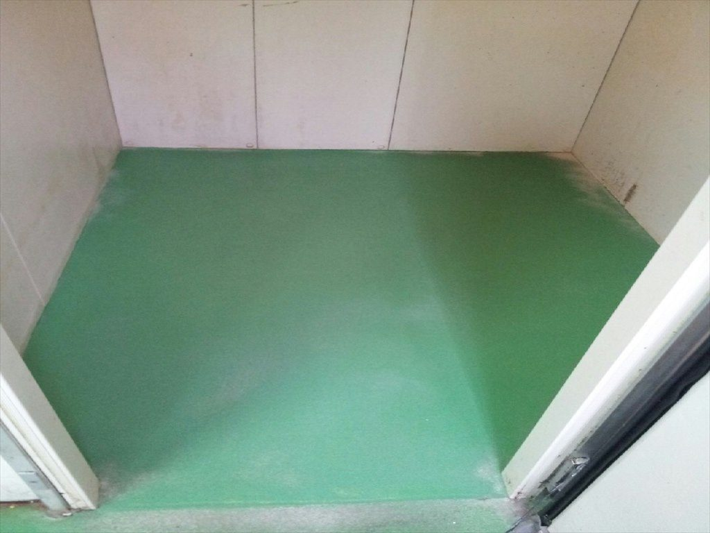 千葉県東金市のスーパーマーケット|冷蔵庫塗り床(塗床)(床塗装)改修工事:速硬化MMA低臭タイプ