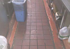 神奈川県川崎市内某ファミレス|厨房塗り床(床塗装)剥がれ部補修工事の調査