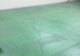埼玉県三郷市倉庫内にクリンルーム設置 カラクリ―トからクリンルーム用塗り床へ改修:ケミクリートEペースト工法