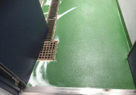 東京都国分寺市内の研究施設|通路の白華(変色)が発生しました。:エポキシ樹脂塗り床工事