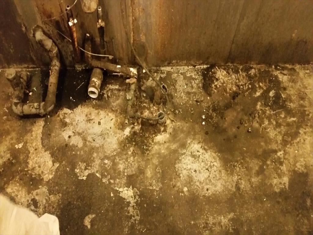 横浜市の焼肉店厨房塗り床工事