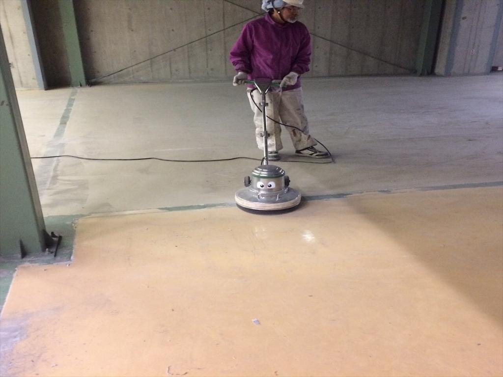 倉庫床塗装 塗替え
