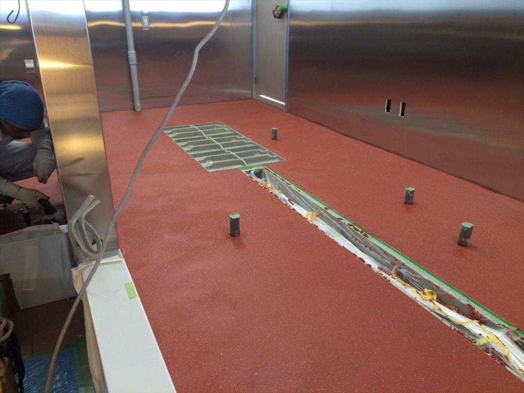 埼玉県熊谷市のラーメン店舗新築|塗り床(床塗装工事):耐熱用途:タフクリートMH