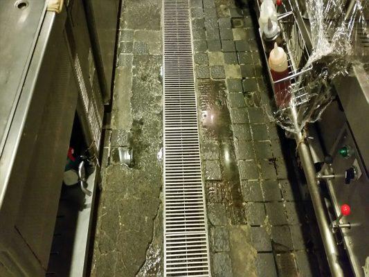 台東区上野の中華レストラン 厨房タイル剥離補修:タフクリートMH