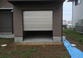 神奈川県平塚市の個人邸ガレージ|床塗装工事:ケミクリートEPカラー