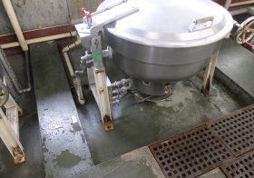 埼玉県上尾市内の学校給食室塗床(床塗装)改修|タフクリートMH