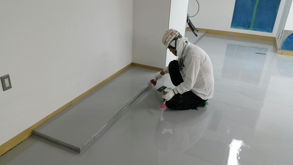 埼玉県所沢市内の製薬会社のクリンルーム床塗装
