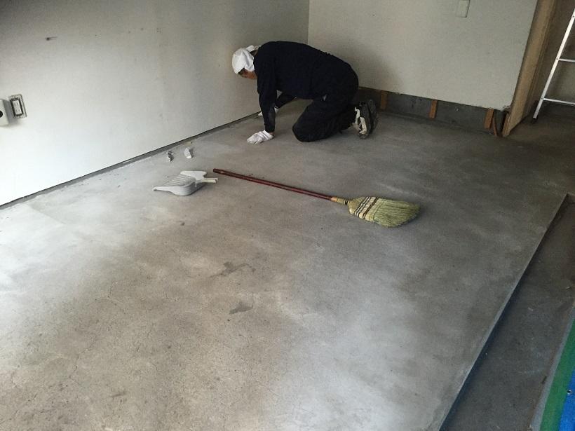 チョコレート喫茶店厨房塗り床