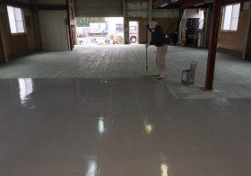 埼玉県朝霞市内自動車整備工場 床塗装(塗床)工事