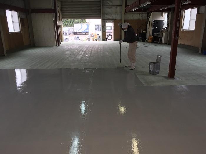 埼玉県朝霞市内自動車整備工場|床塗装(塗床)工事