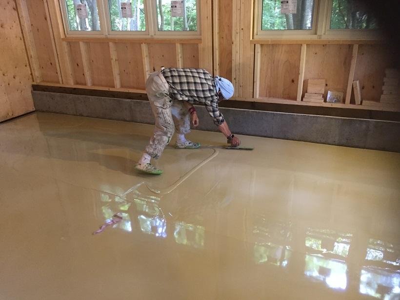 厚膜の塗床、ケミクリートE