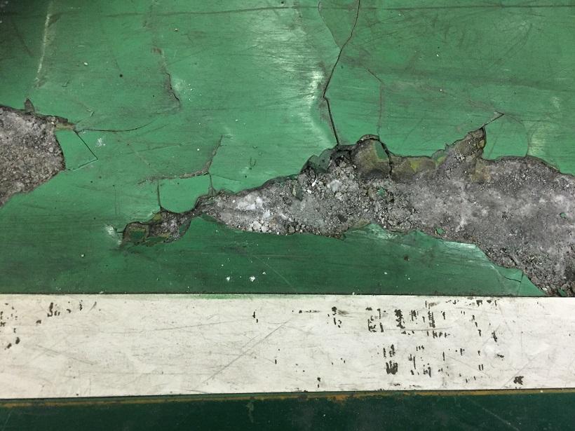 神奈川県横浜市の工場塗床剥離状況