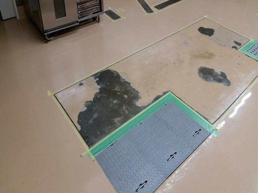 東京都町田市のスーパーのベーカリ―塗床補修