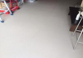 東京都江戸川区の個人邸|ガレージ塗床(床塗装)改修工事:ケミクリートEペースト防滑工法