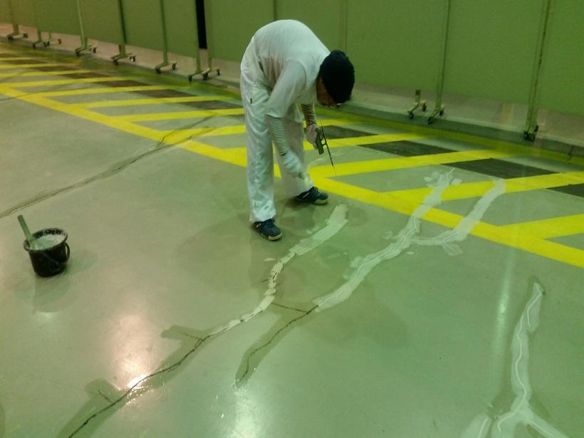 神奈川県伊勢原市の工場|床防塵塗装(塗床)改修工事:ケミクリートEPカラー