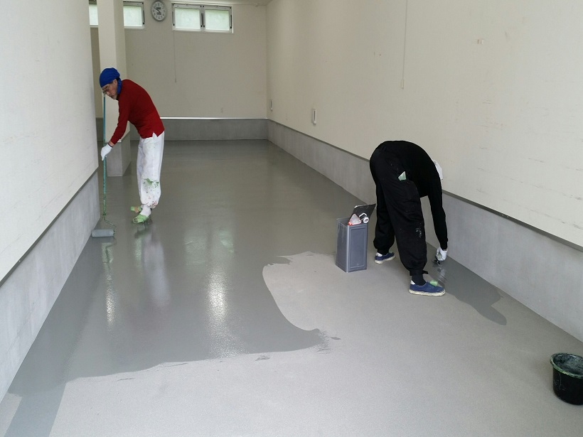 神奈川県横浜市の工場|カラクリートを塗床(床塗装)に改修