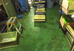 埼玉県さいたま市の食品工場|コンクリート床塗装工事(改修):タフクリートFL:フィット巾木