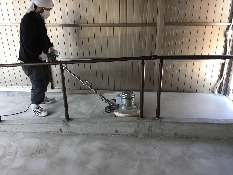 埼玉県深谷市の個人邸の駐車場(ガレージ)|塗床工事(床塗装):ケミクリートEPカラー