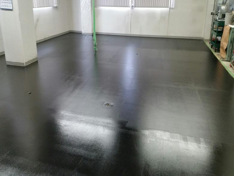 東京都八王子市の電子機器(電子部品)工場コンクリート床|帯電防止塗床(床塗装):ケミコンダクトS-10
