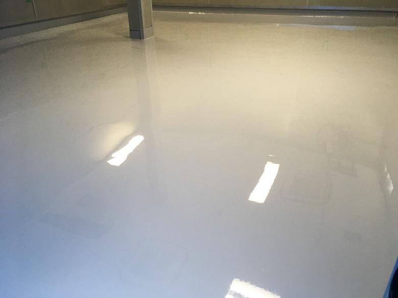 千葉県千葉市若葉区の日総設床塗装(塗床)工事
