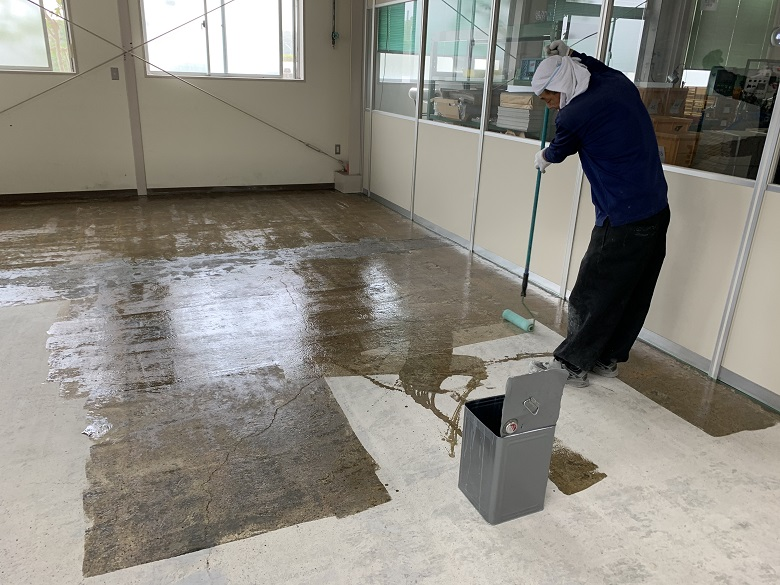 神奈川県小田原市のスーパーマーケット|厨房(床塗装)塗床工事