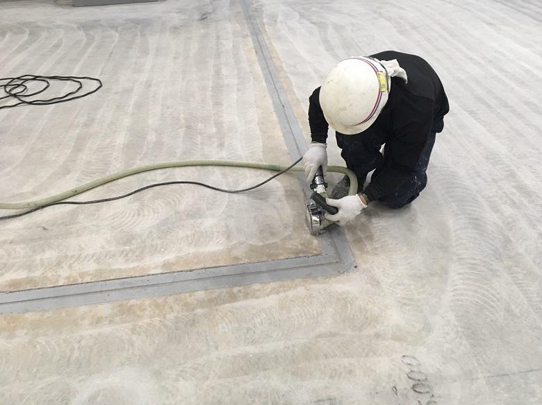 神奈川県横浜市の物流センター(倉庫)|床塗装(塗床)工事:ユータックコンプリート