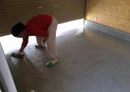 さいたま市のガレージ(駐車場)カーポート床塗装