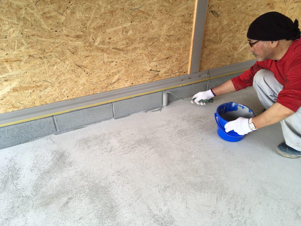 さいたま市の個人邸|ガレージ(駐車場・カーポート)のコンクリート床塗装工事:ケミクリートE