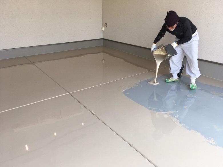 越谷市のガレージ床塗装