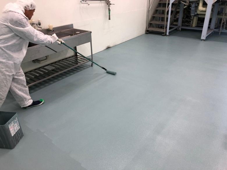 埼玉県東松山市の化粧品会社工場床塗装(塗床)改修工事