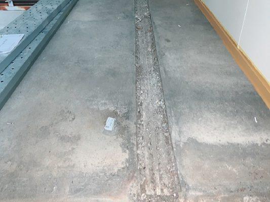 埼玉県所沢市の賃貸倉庫|床塗装(防塵塗装)工事:ケミクリートEPカラー