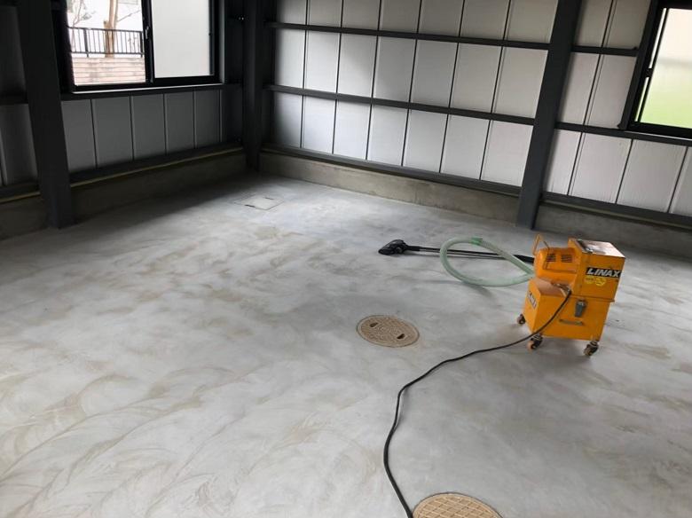茨城県笠間市の倉庫|コンクリート塗床(床塗装)工事:ケミクリートEPカラー