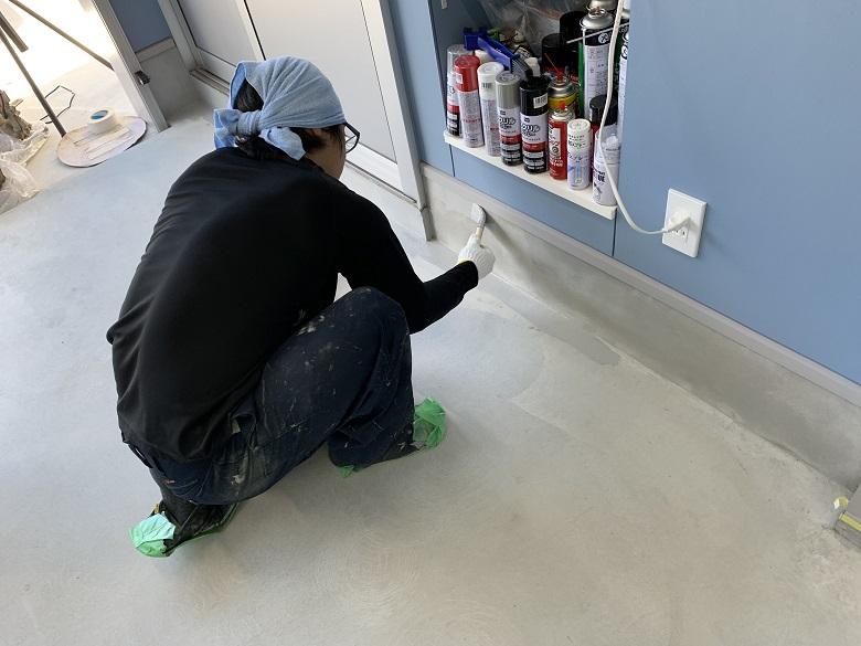 神奈川県川崎市の個人邸ガレージ(駐車場)|床塗装(塗床)工事:ケミクリートEPカラー
