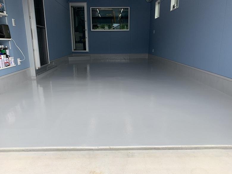 神奈川県川崎市多摩区の個人邸ガレージ(駐車場)床塗装工事:ケミクリートEPカラー