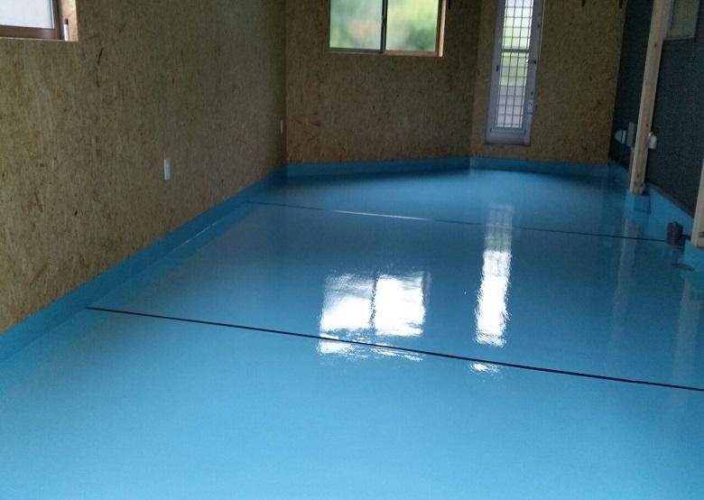 東京都国分寺市の個人邸のガレージ(駐車場)床塗装。ケミクリートEPカラー