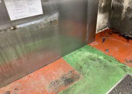 東京都足立区の焼き鳥屋さんの厨房塗床改修工事
