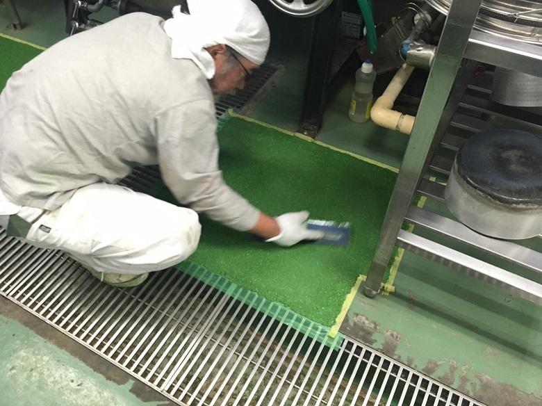 東京都八王子市の工場厨房床塗装補修工事