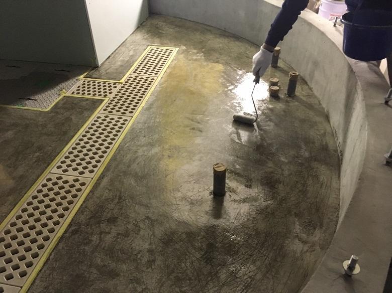 東京都渋谷区の飲食店厨房|床塗装(塗床)工事:ケミクリートE防滑