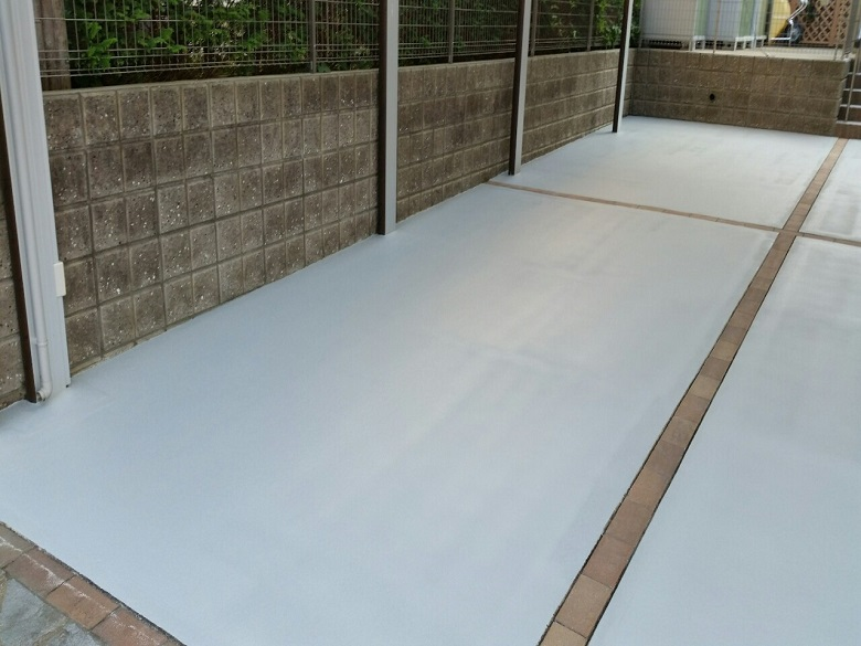 茨城県龍ヶ崎市|駐車場コケ対策の滑り止め塗床工事:ケミクリートE