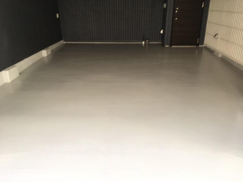 工務店・ハウスメーカー向け|コンクリートの色むらクレームを床塗装で解決