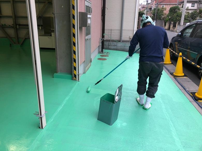 埼玉県戸田市の貸倉庫|コンクリート床塗装塗替え:フォーク走行にも耐える:ケミクリートEPカラー