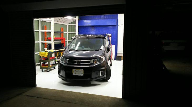 茨城県土浦市の倉庫を自動車のラッピング工場向けに塗床工事:ケミクリートEPカラー